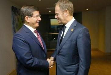 Ο Τουσκ παραδέχεται πως υπάρχουν δυσκολίες για τη συμφωνία ΕΕ-Τουρκίας